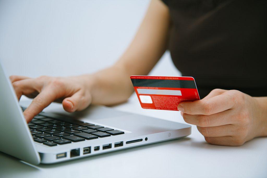 カード会社への支払停止の抗弁権の手続き